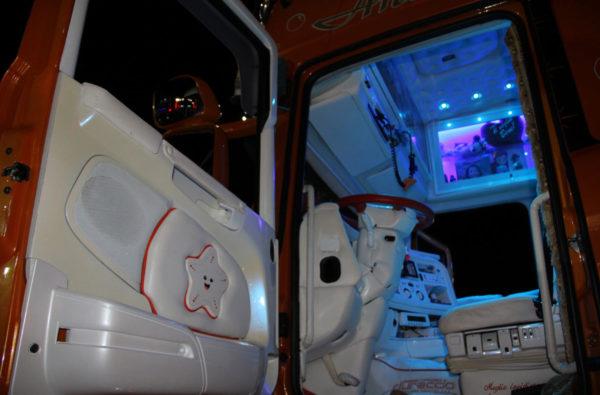 truck-in-sud-16-g21